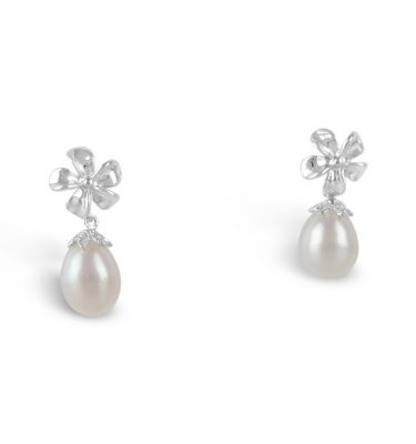 earrings with flower tops and pearl drops