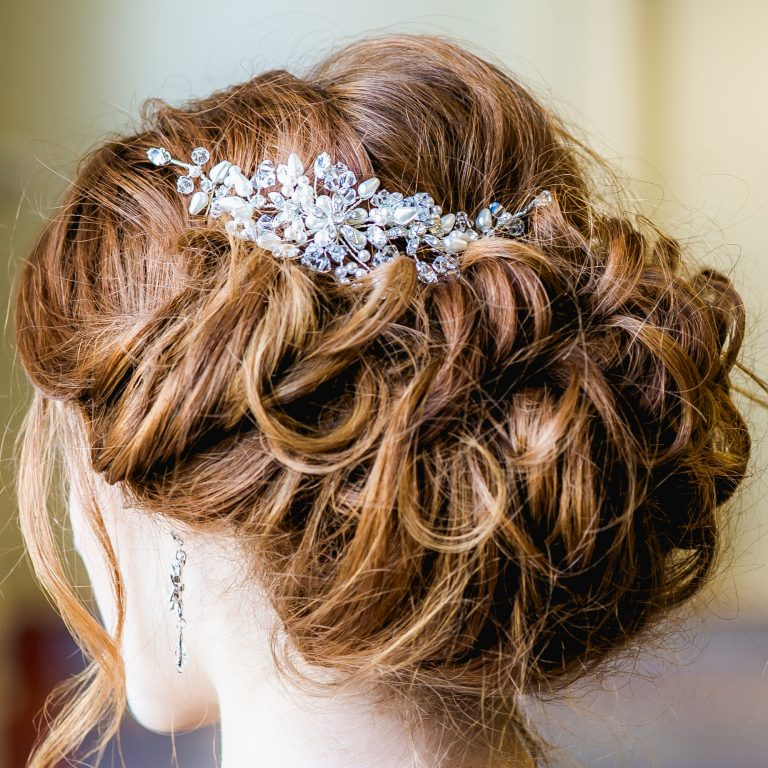 Weddinghairvine on bride with red hair