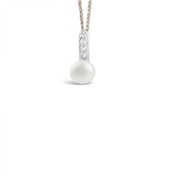 Pearl and crystal delicate pendant