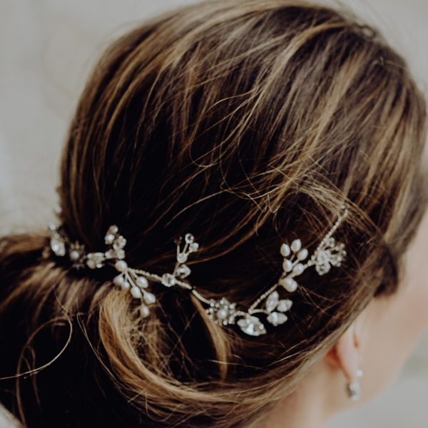bridal pearl and crystal hairvine
